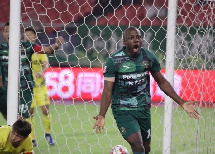 2019赛季中国足球甲级联赛第24轮浙江绿城2:0呼和浩特