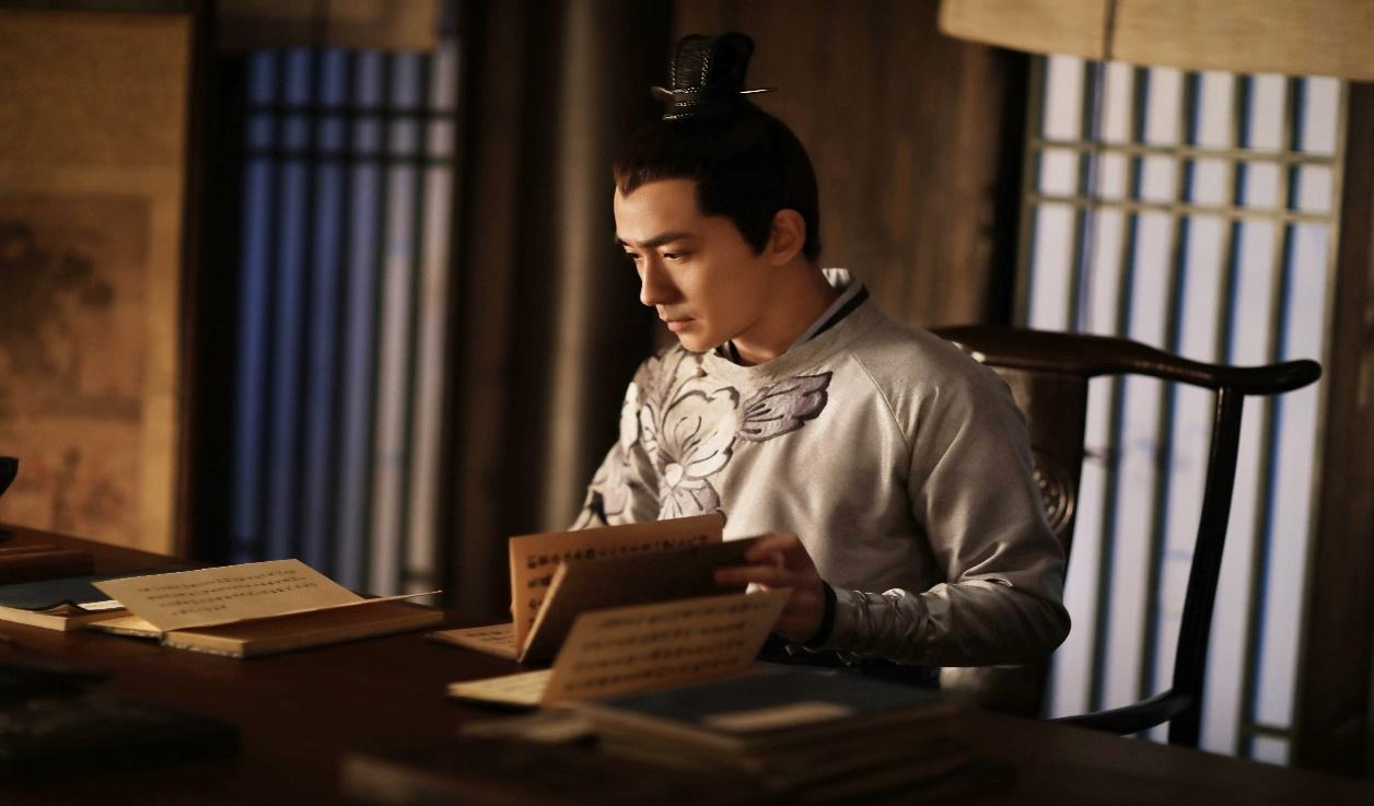 朱一龙人物榜位居第二,自爆拍戏时不知冯绍峰赵丽颖的恋情