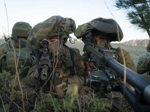 以色列狙击手锁定阿萨德,开枪前一刻后方叫停,俄特种兵毫无察觉