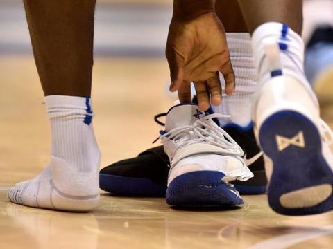 耐克鞋质量差?NBA准状元踩爆球鞋受伤 彪马:穿彪马这事不会发生