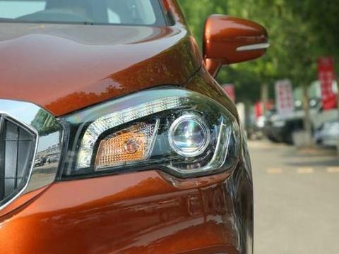还买啥国产SUV!全时四驱、进口引擎配6AT,油耗5.3L顶配仅14万
