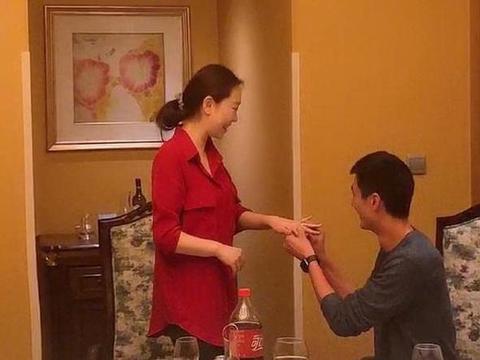天津女排双喜临门!米杨王宁同一天领证结婚 新郎均为男排冠军国手