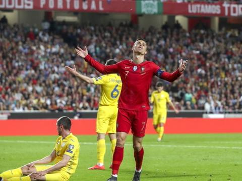 C罗梅西首秀无缘开门红,一个浪费2次机会,一个难率队拿美洲杯