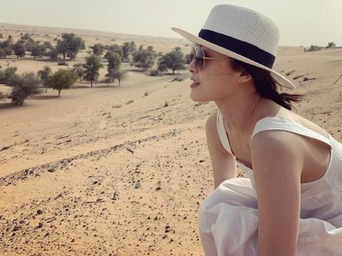 结婚后不久去沙漠旅行 前TVB花旦留言终于不用减肥了