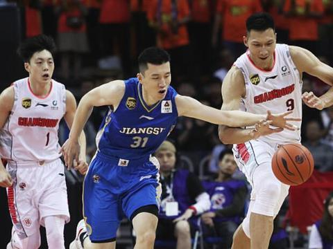 CBA江苏全华班加板凳队员首发,对于广东磨合阵容不利