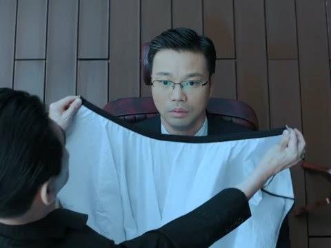 """大人物:赵荣彪给崔京民刮胡子时,谁注意到旁边的""""它"""""""