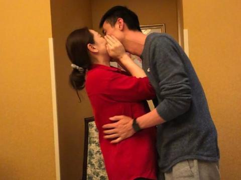 低调完婚!37岁国手方颖超娶小7岁女排米杨,二人是二婚