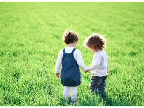 两个孩子的年龄差,这个时间更适合,妈妈更幸福快乐