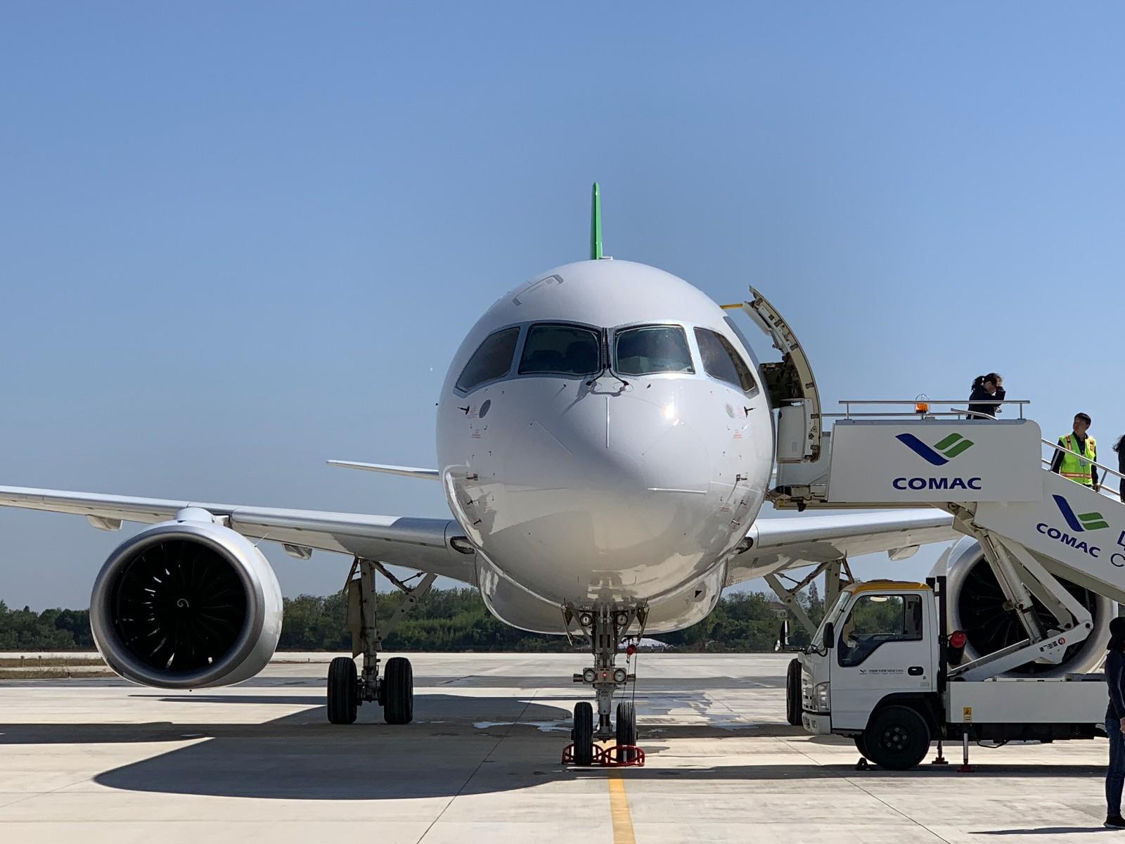 今天,第二架国产大飞机C919试飞成功!