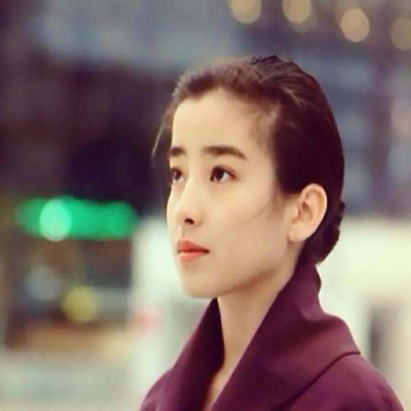 """她是上世纪红到发紫的""""日本王祖贤"""",却被""""毒母""""操纵拍果照"""
