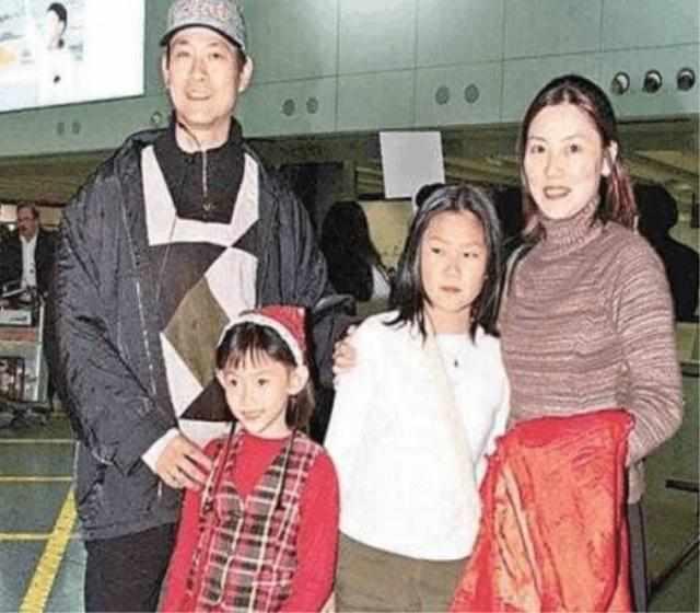竹联帮官晶华_官晶华相伴30多年破绯闻,4个女儿颜值