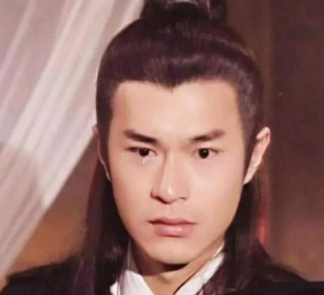 古装美男子:罗云熙张彬彬让小说男主有了脸,但不及48岁的他