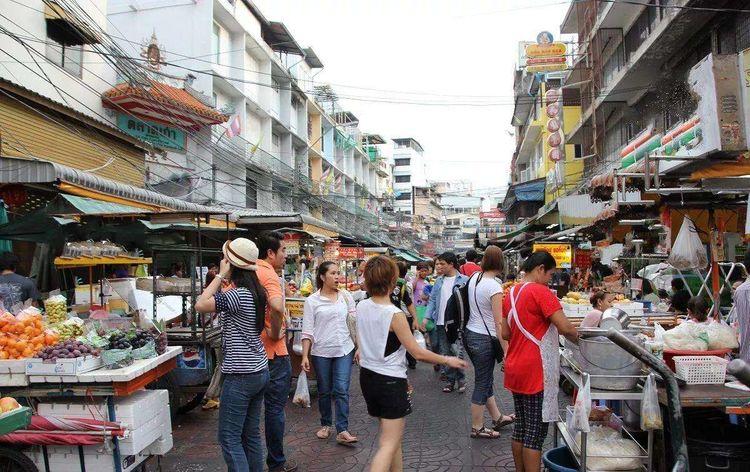 泰国人评价外来游客:日本人礼貌,韩国人贪便宜,三个字形容中国