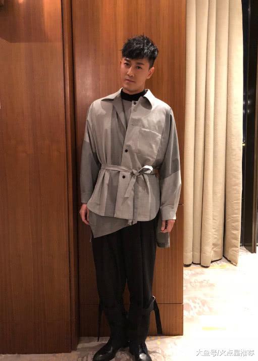 林峰为TVB献唱不料发际线上移撞脸陈奕迅,网友:还我男神