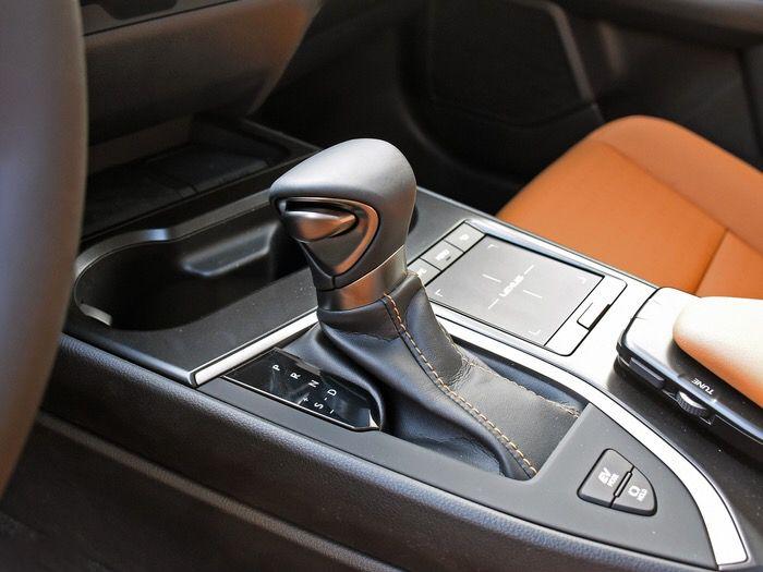 当广汽Acura CDX混动遇上雷克萨斯UX,谁才是你的心头