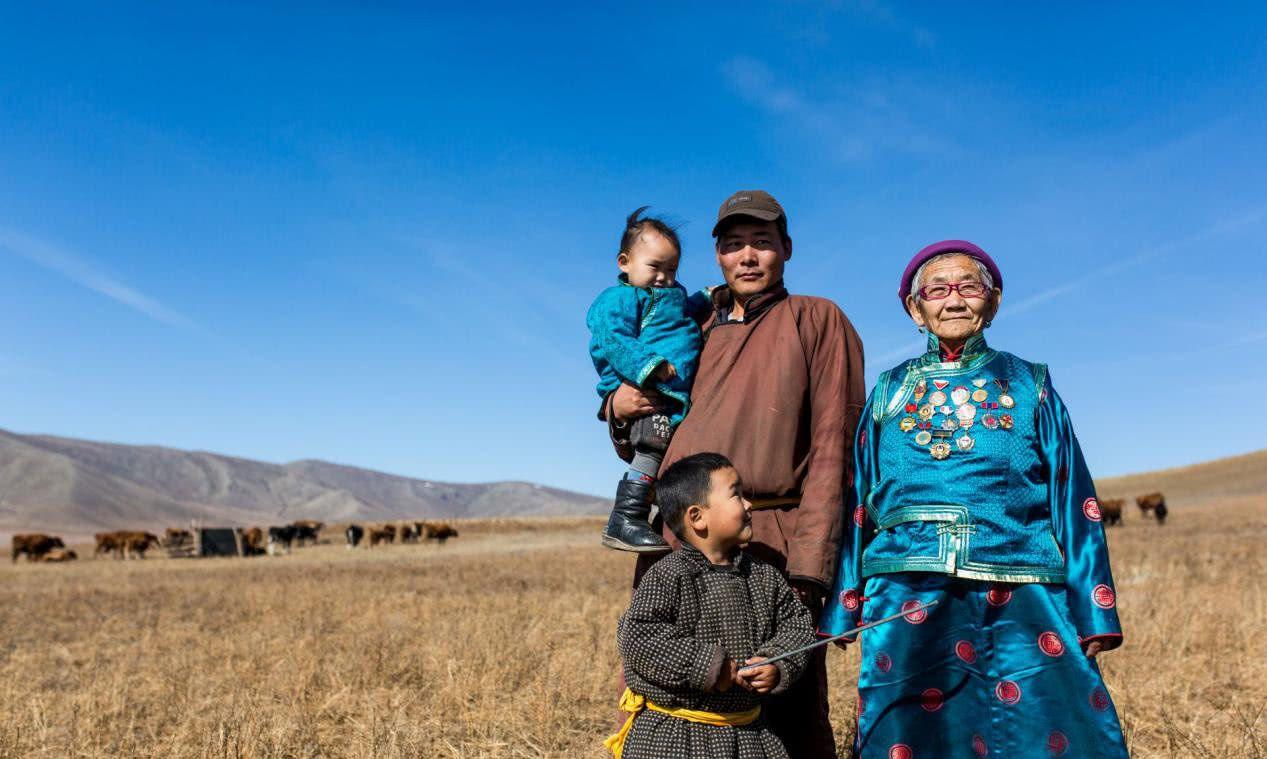 蒙古族的人,到底是如何看待蒙古国呢?他们的回答很现实