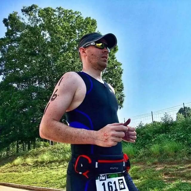 正在减肥的跑步者,饮食应该注意?又该瘦的更快?累怎样不减肥图片