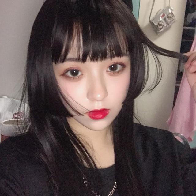 抖音上被称为神仙发型的公主切,成为日韩女生新宠图片