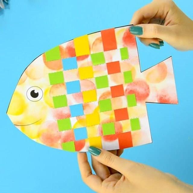 锻炼儿童手部精细动作,儿童手工纸编小鱼!