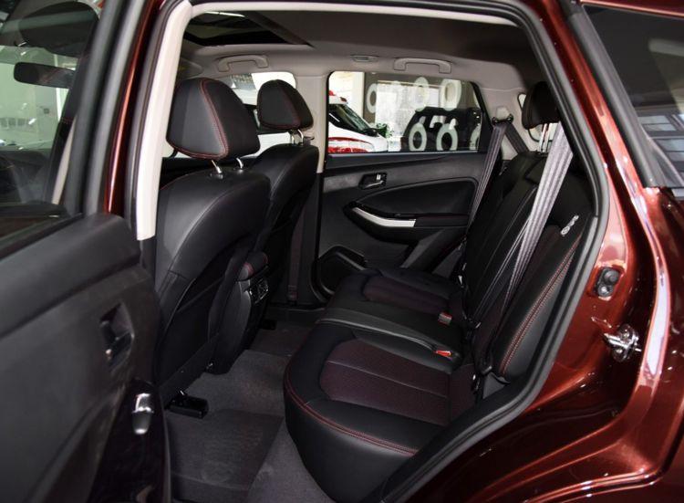 这款SUV:三大件来自日产,一箱油跑800公里,性价比超高