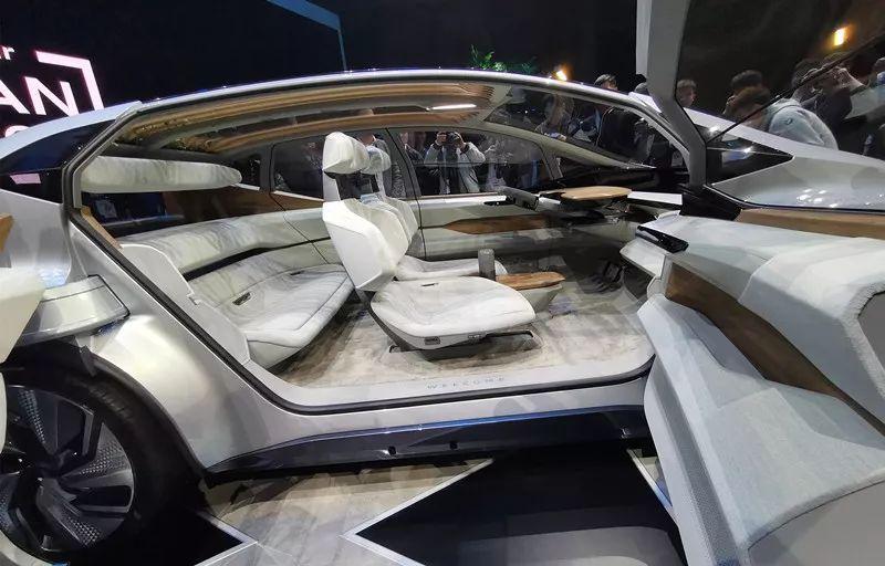 """豪华""""避风港""""+L4自动驾驶,原来奥迪是这样诠释未来都市出行的"""
