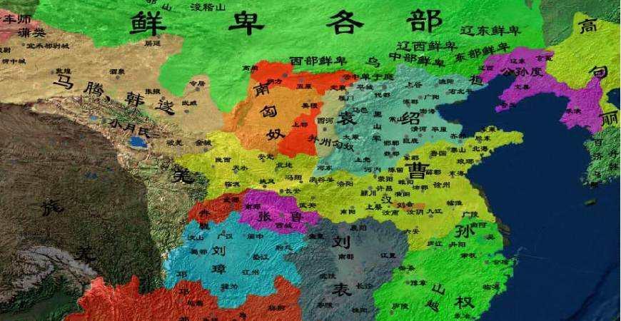 东汉末年有个诸侯说 宁愿做曹公的奴役,也不做刘备席上的家客