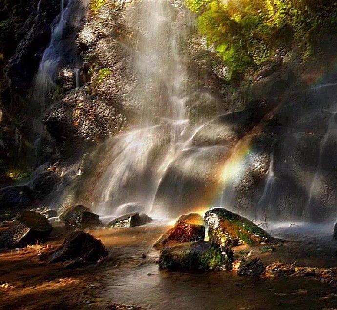 十五道沟秋景,宛如色彩斑斓的童话世界!