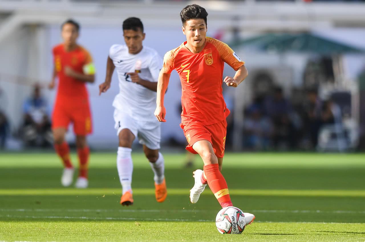 英雄!武磊留洋薪水少了一半 为中国足球崛起牺