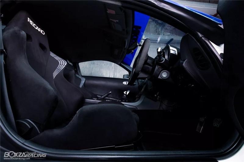 """日产350Z用""""暴力""""诠释了对""""美""""的理解"""