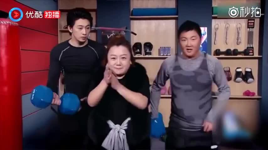 SNL:孙楠健身房遇猛女,他举哑铃,女孩直接举杠铃,孙楠累瘫