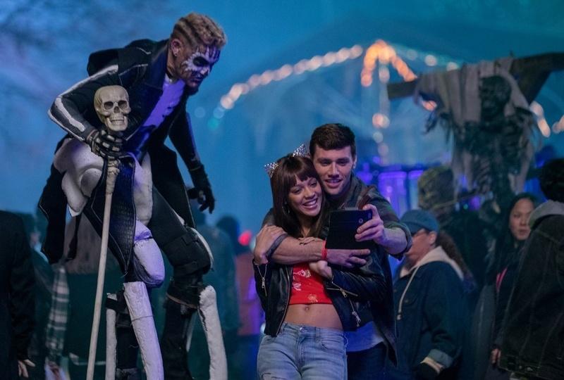 《地狱游乐园》气氛取胜,有质感的b级惊悚片