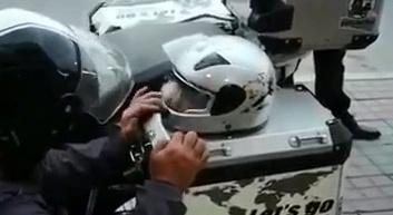 这样带狗狗出去摩旅安全 哈哈(上看我的最新短视频,下载秒拍->)
