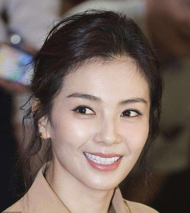一线女明星_刘涛能成为一线女演员,只是因为她符合大众审美,靠脸吃饭吗?