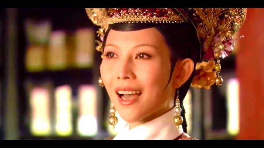 甄嬛传:大结局有人的注意到皇后头饰了吗?难怪甄嬛气死她!