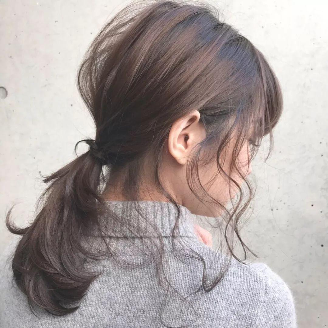 仙气飘飘的洛丽塔低马尾卷发图片