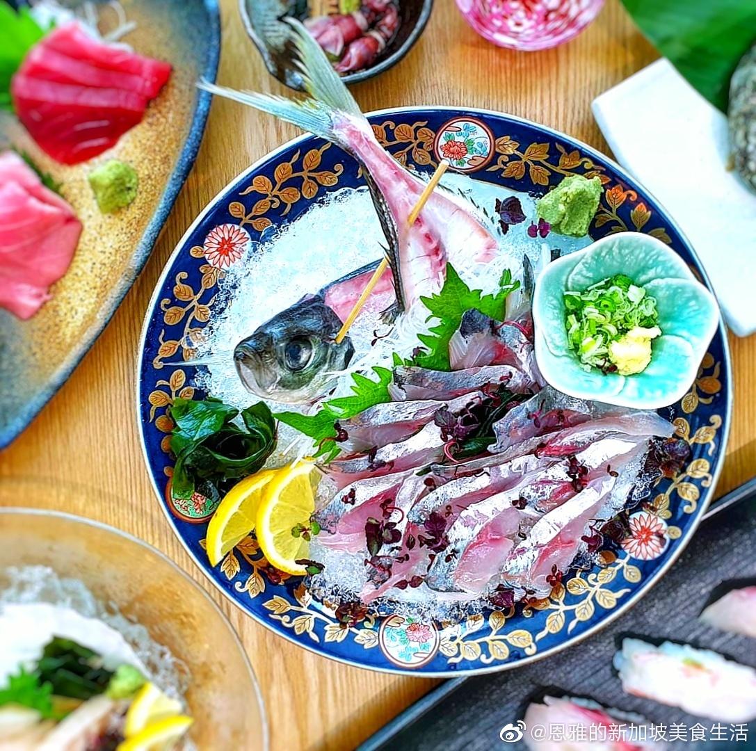 在 的 你可以在这里享用顶级的日本料理 例如鲍鱼,海胆