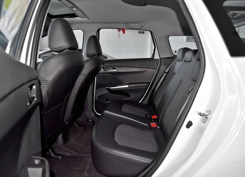 这款空间最大的两厢车,6万元合资品牌能买吗?