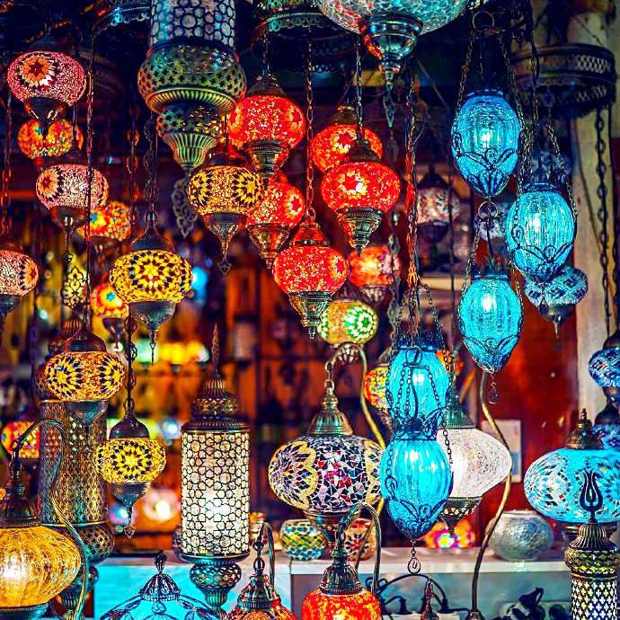 想去看看伊斯坦布尔的琉璃灯集市