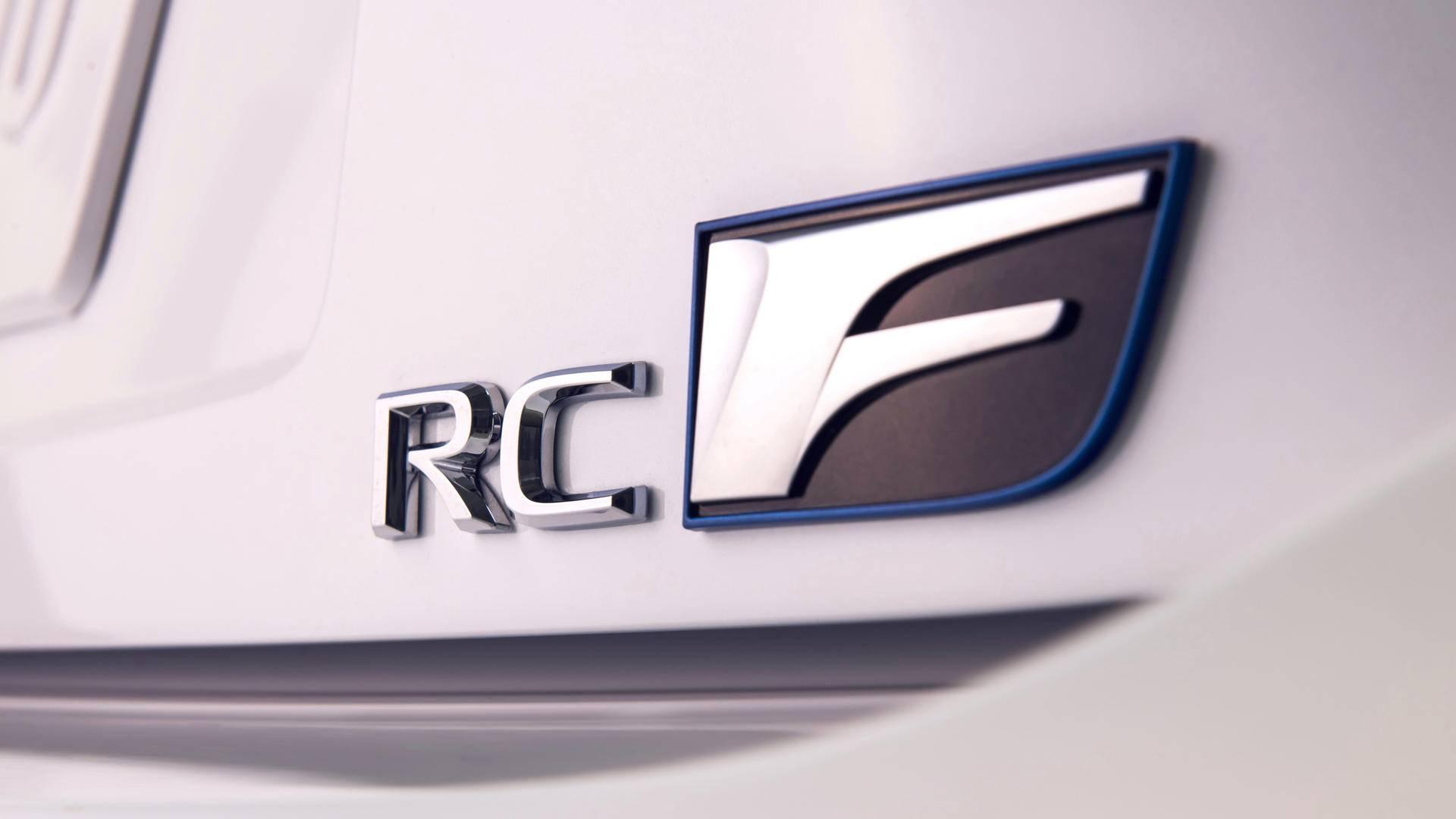 雷克萨斯入门轿跑,它让漂移变简单,享受AMG的乐趣