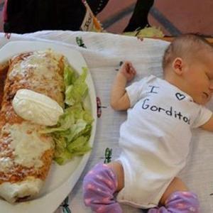 跟婴儿一样大的墨西哥卷饼