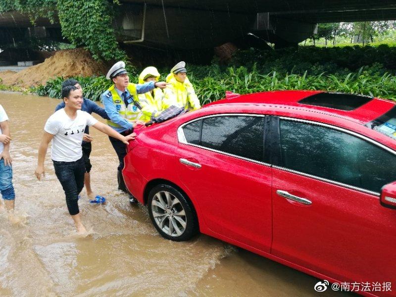武汉协和医院医疗物资即将用尽,紧急请求社会支援