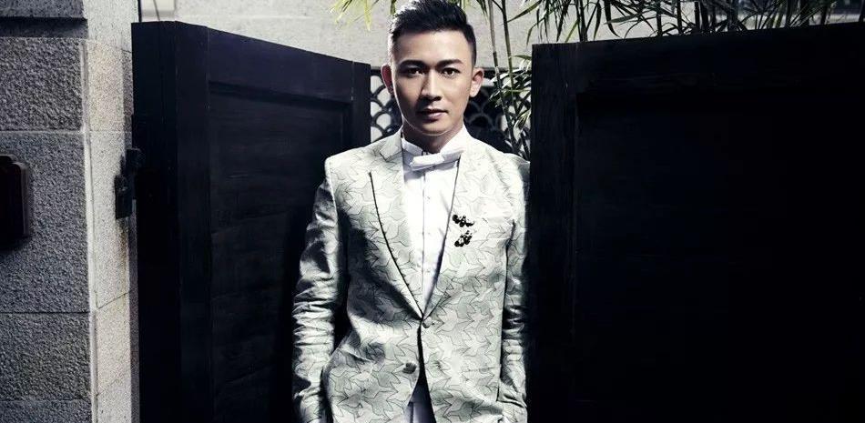 同是印小天好兄弟,杜淳因《我就是演员》被嘲讽,聂远40岁翻红