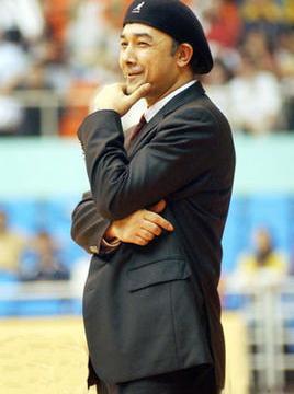 辽篮艰难逆转新疆,来看双方教练球员和球迷如何评说!
