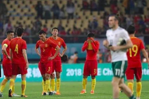 里皮为国足打气,称大赛只输过1场,干脆无视中国杯1比10大溃败