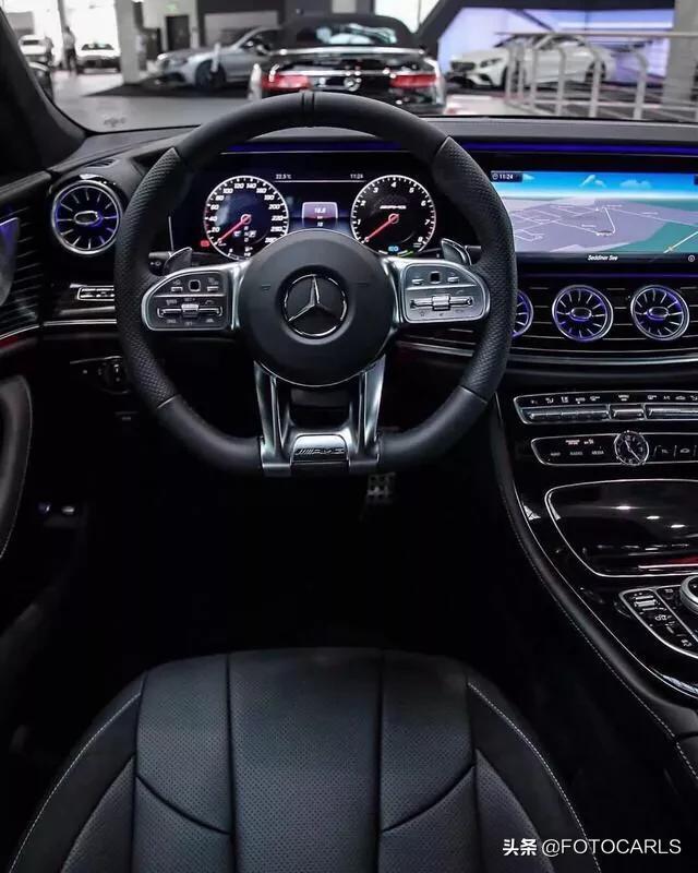 实拍|全新奔驰AMG CLS53,全黑太炸眼,这个内饰无敌了