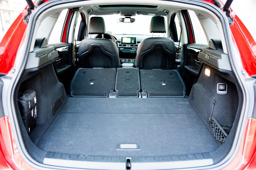 宝马2系旅行车详解,空间够用,舒适不足,推荐218i领先型