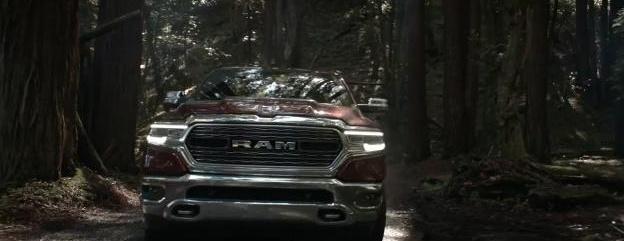 视频:纯爷们! RAM 1500 皮卡