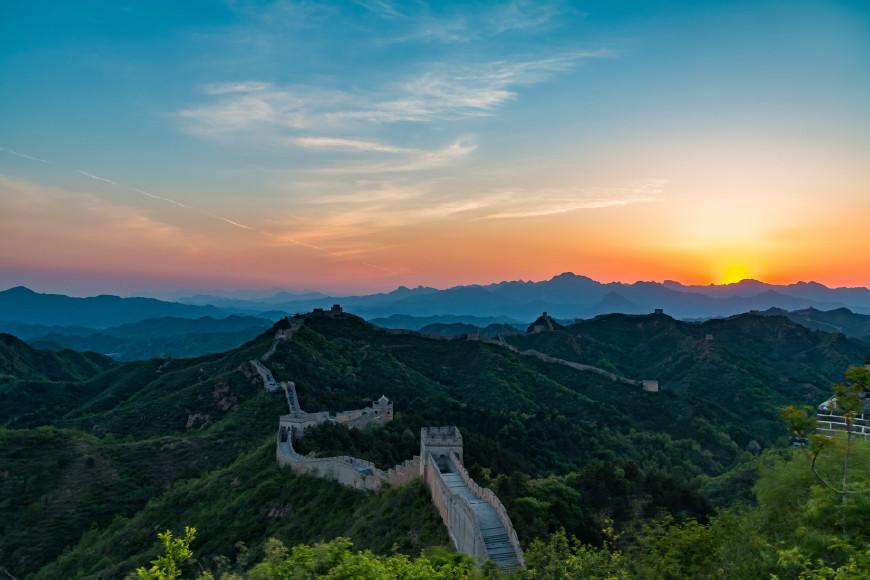 万里长城保留最完好的一段,就在北京旁边