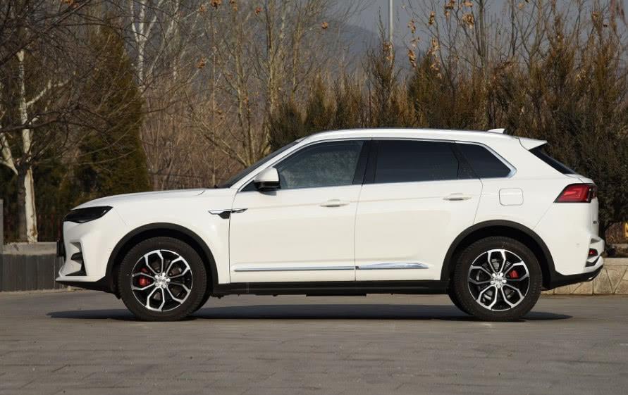 又一爆款国产车,搭载进口发动机售价不足12万,实力对抗合资车