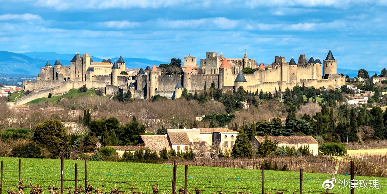 法国边境这座欧洲最大的古堡,圆你一个中世纪的骑士梦